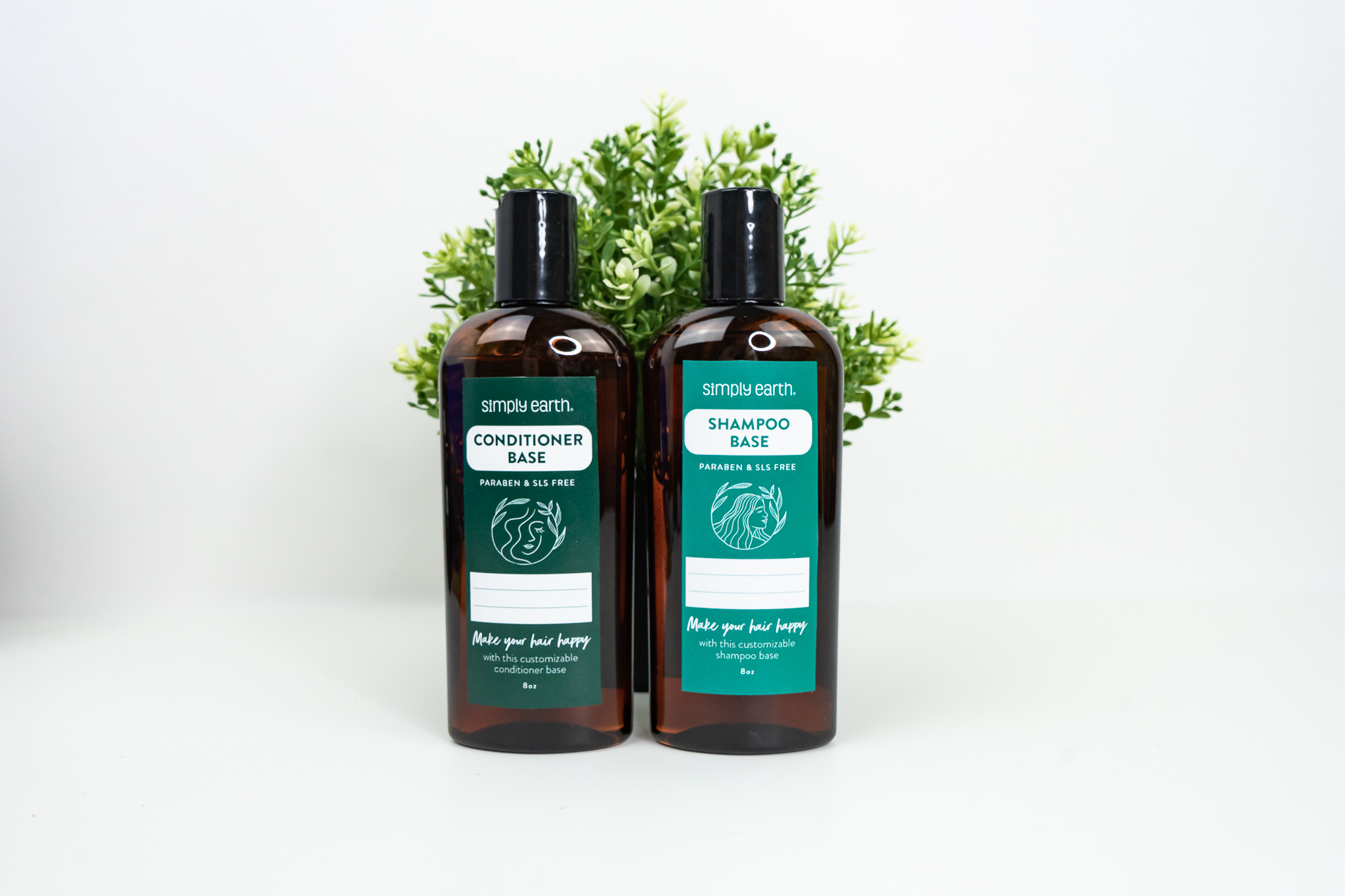 NEW Simply Earth Shampoo and C...